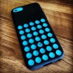 Blue_iPhone_5C_in_black_case