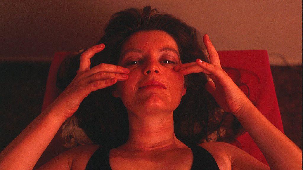 1024px-patty_mooney_self_massage_face