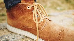 Prendre soin de ses chaussures en daim