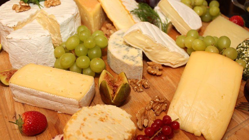 Découvrir les régions à travers leurs fromages